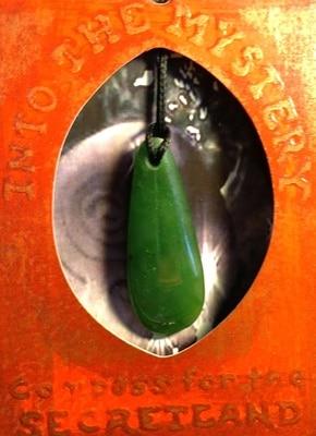 Jade Greenstone Pounamu Pendulum & Pendant